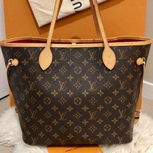 Louis Vuitton 2019 Neverfull MM Monogram Tote Bag